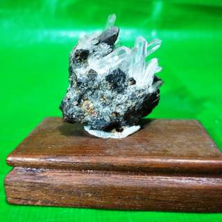 Rare black fluorite symbiotic crystal, the white crystal transparent clear, 稀有黑萤石共生水晶, 白水晶晶莹剔透