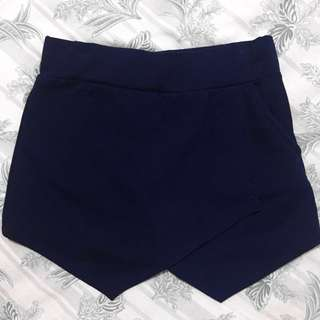 Navy blue skort (stretchable w/ side pocket)