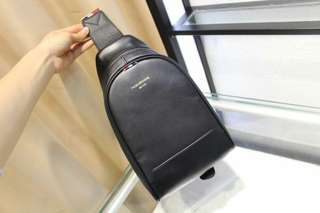 17年新款Prada/普拉达女包宽肩带PATTINA小盒子斜挎包1BD045 2BB0
