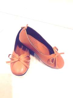 Brown pumps for girls