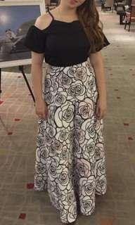 1 long skirt