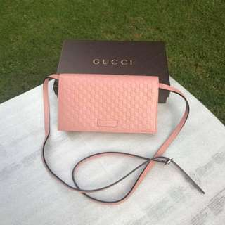 Gucci Leather Micro GG Guccissima Crossbody Wallet/Bag in Pink (Detachable Strap)