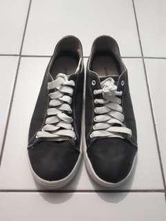 Sepatu League Aftaskool Bts