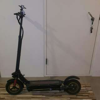 Ultron electric scooter with tektro hydraulics for sale