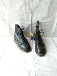Sepatu boots Dr Martens 1460 black grizzly solovair timberland redwing
