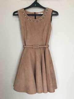 Cute dress no sleeve