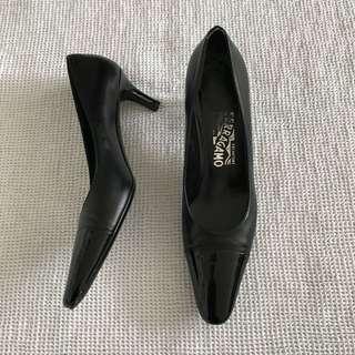 Salvatore Ferragamo Heels Size 6.5 AAA
