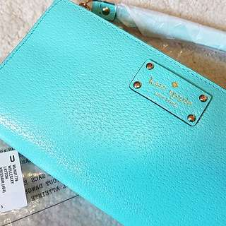 BN Kate spade wallet wristlet