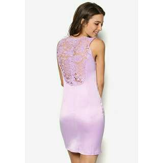 *FREE DELIVERY to WM only / Ready stock* Ladies back lace dress as shown design/color. Free delivery is applied for this item.