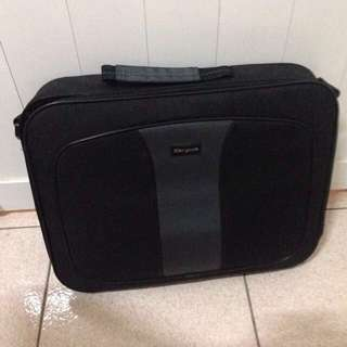"Targus Laptop Bag 13"" ~ 16"""