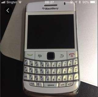 BlackBerry 9320 - Silver