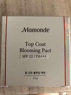 BN Mamonde Top Coat Blooming Pact (03 Iris Purple)