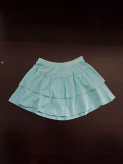 BNWT short skirt for gals 5-6 yrs
