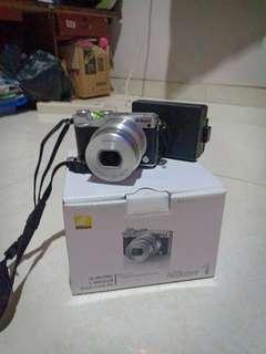 Nikon kamera j5