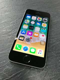 🚚 iPhone 5 SE 16G太空灰