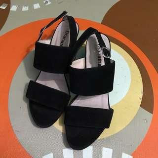 Strap heels, heels wanita