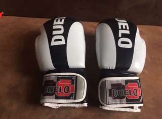 DUELO GLOVES w/ HANDWRAP
