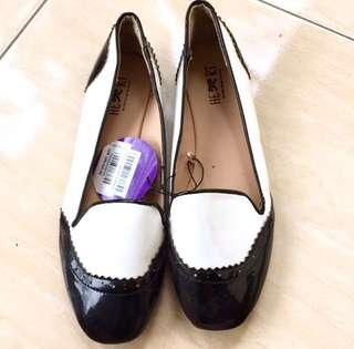 SALE🎉The little things she needs flat shoes
