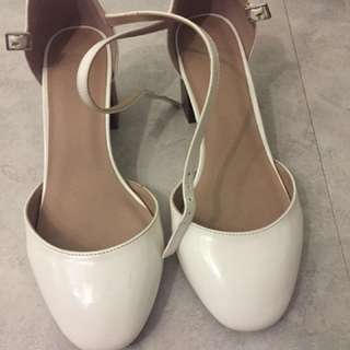Reduced ASOS white wide fitting shoes as new