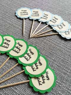 🚚 12pcs Customized Birthday Cupcake Toppers