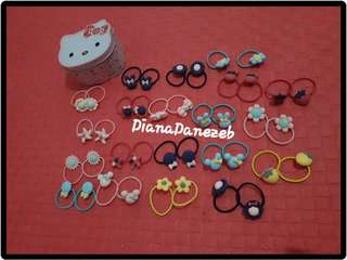 HELLO KITTY CAN WITH 40 PCS. PONYTAIL