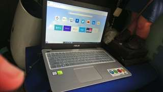 asus X556UR 1T AND UPGRADED 240 SSD AND 8GB RAM GAMING LAPTOP ill buy it from taiwan.. had a receipt and papers almost new