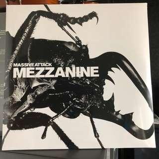 Massive Attack - Mezzanine. Vinyl Lp. New
