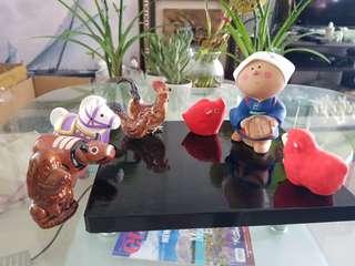 Miniature figurine barnyard