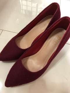 Maroon D&C heels