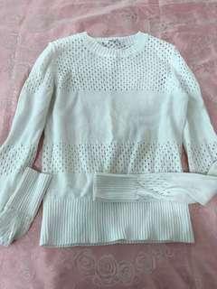 PL Uniqlo White Knitted top