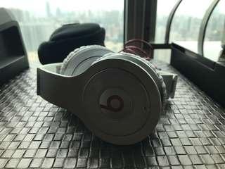 authentic beats wireless bluetooth headset like new