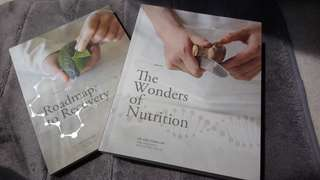 Health references. THE COMPLETE VOLUME OF - THE WONDERS OF NUTRITION