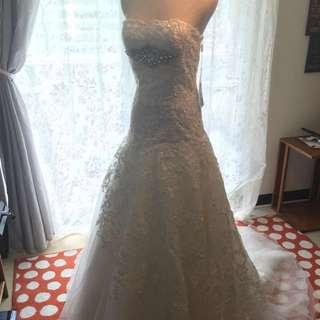 🚚 (含運)全新蕾絲水鑽桃心A-line款氣質自助婚紗