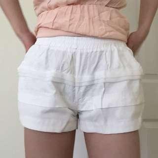 Puffy shorts