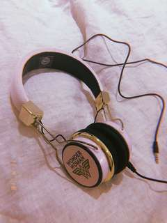 Typo Headphone 🎧