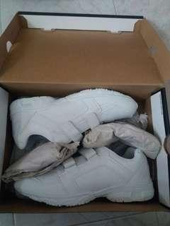 New whitesport shoes with jordan box