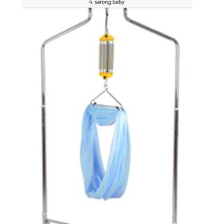 Baby sarong with stand & automatic rocker
