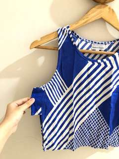 Bamboo blonde blue line top