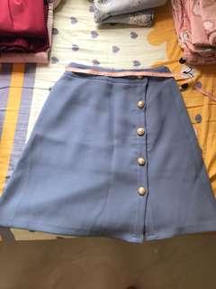 淺藍色半截裙 珍珠 返工裙