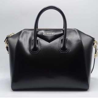 AUTHENTIC Givenchy Antigona Black Medium Bag