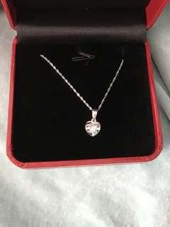 全新 珠寶金行 18K 頸鏈連吊咀 有盒 原裝紙袋 母親節禮物