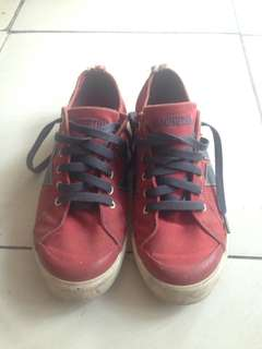 Macbeth eliot red