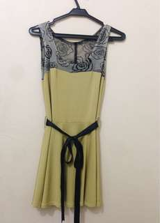 Old Yellow Dress