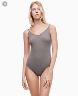 ARITZIA BODY SUIT TAGS ON