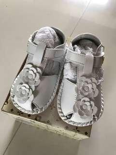 🚚 百貨公司專櫃雨傘牌 全真牛皮涼鞋