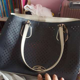 * further markdown!!! * AUTHENTIC COACH HANDBAG!!