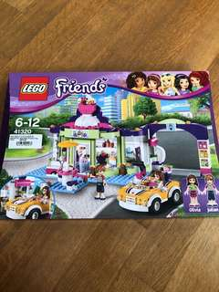 Lego Set - Frozen Yogurt Parlor
