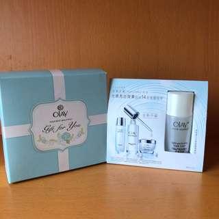 Olay 高效透白光塑淡斑精華 及 面膜精華液 禮盒套裝 gift set