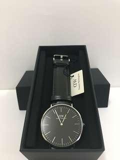 DW黑色皮錶36mm/40mm