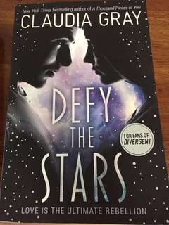 Almost new Claudia Gray book- Defy The Star
